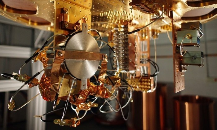 Google покажет в работе 49-кубитный квантовый компьютер к концу года