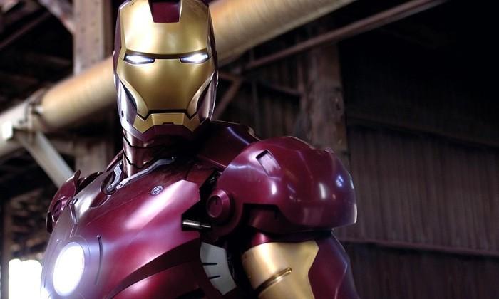 В Китае возвели гигантскую статую Железного человека