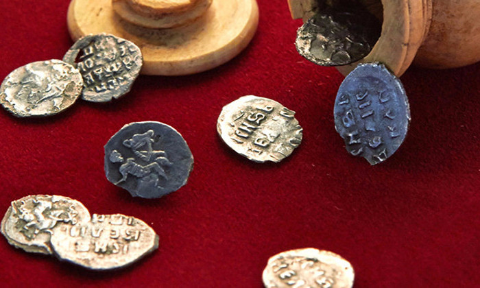 Археологи нашли клад времен Ивана Грозного в центре Москвы