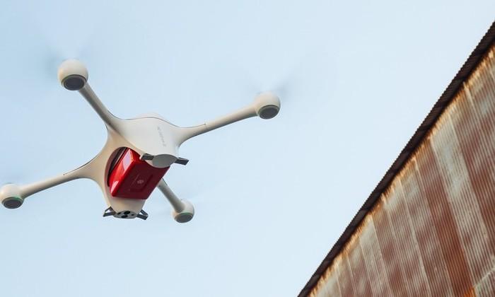 Швейцарским больницам разрешили доставлять анализы дронами