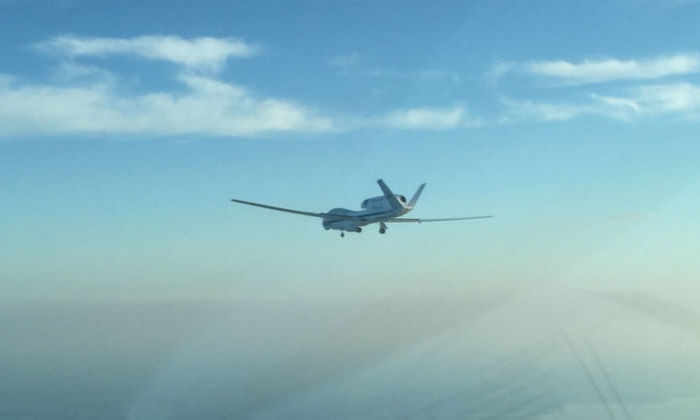 Шпионский дрон НАСА следит за тропическим штормом, чтобы предупредить ураган