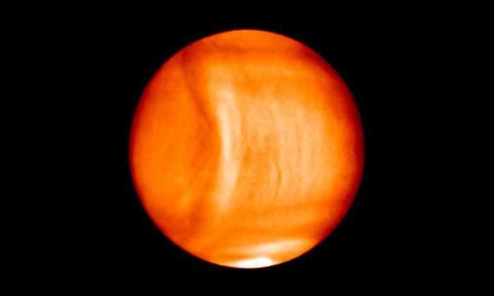На Венере заметили огромную атмосферную аномалию
