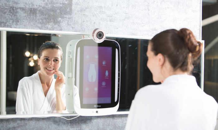 Первое «умное» зеркало поступило в продажу