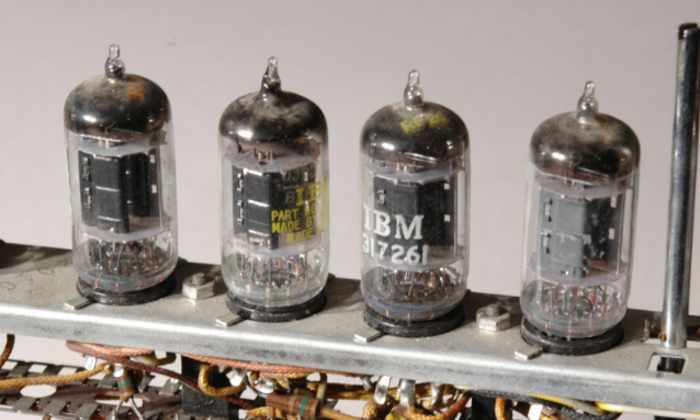 Ученые создали чип без полупроводников