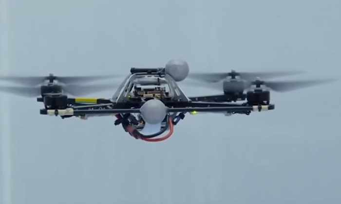 Видео: этот дрон может оставаться в воздухе без вентилятора