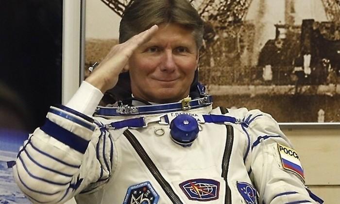 Космонавт-рекордсмен Геннадий Падалка покинул отряд