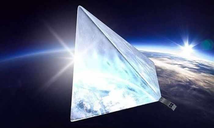 Самый яркий спутник Земли собрал денег на свое создание