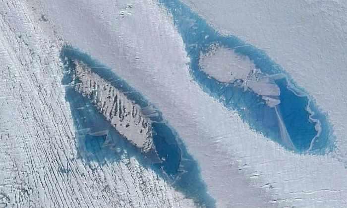 Тысячи голубых озер появились в Антарктике, и это плохая новость