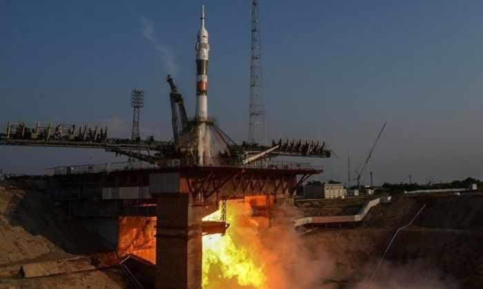 Новая российская ракета «Союз МС» с тремя космонавтами МКС на борту успешно стартовала с Байконура