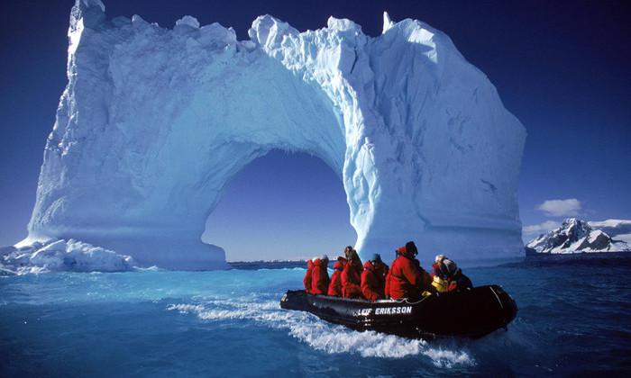 Британцы отправятся в Антарктику на поиски затерянных метеоритов