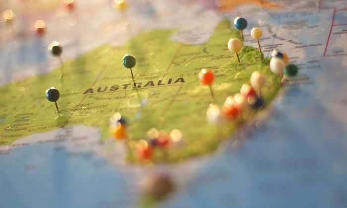 Ученые объяснили сезонное движение Австралии