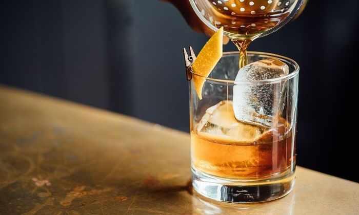 Ученые узнали, что мозг воспринимает спирт как обычную еду
