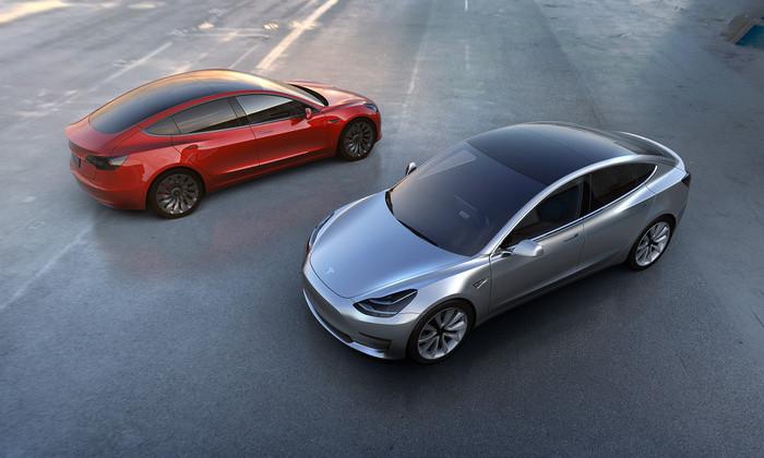 Tesla Model 3 слили в сеть: раскрыты основные характеристики будущего авто
