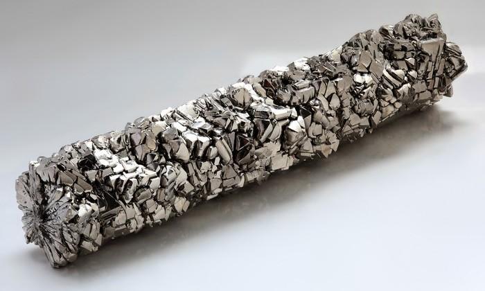 Обнаружен металл, который проводит электричество и не нагревается