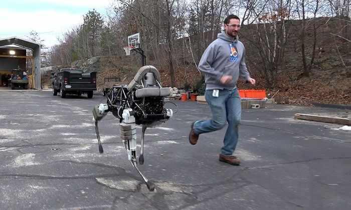 Google продает робототехническую компанию Boston Dynamics