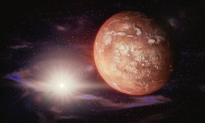 SpaceX отложила полет на Марс до 2020 года