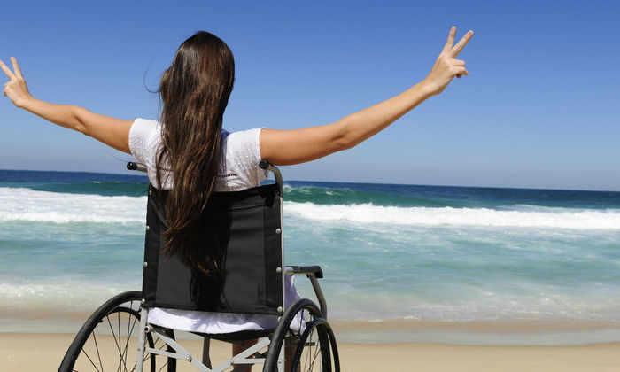 Самоуправляемые инвалидные кресла разработают в Сингапуре к 2017 году