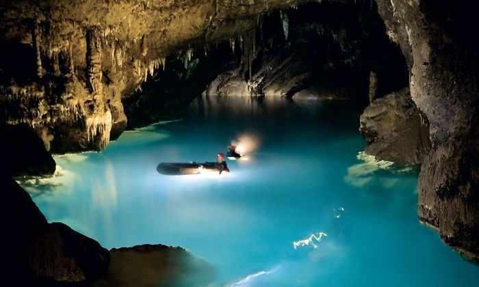 Ученые считают, что самая древняя вода в мире содержит жизнь