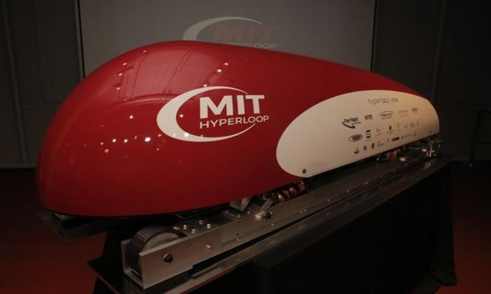 Объявлены финалисты конкурса на создание гиперскоростного поезда Hyperloop