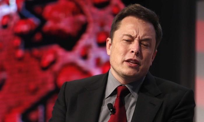 Илона Маска обвинили в мошенничестве и «попросили» из Tesla. Что случилось?