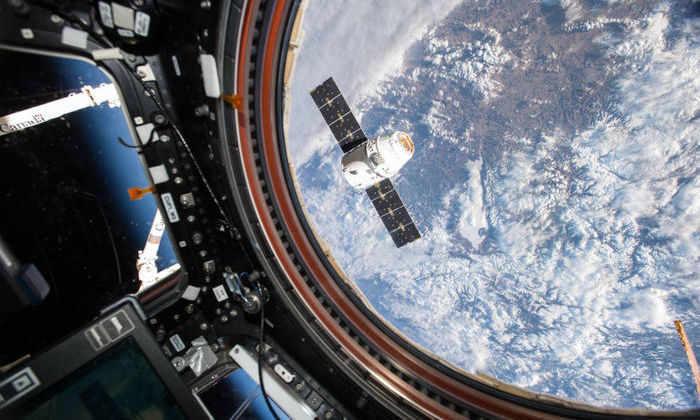 Dragon вернулся: SpaceX подтвердила успешное приводнение