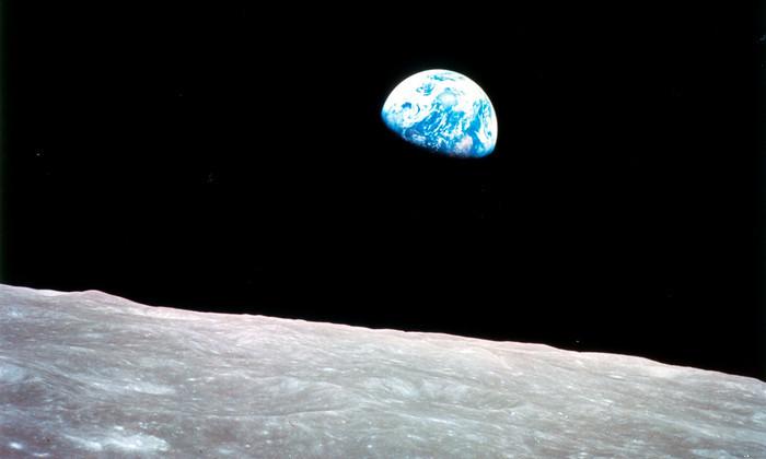 NASA готовит пилотируемый полет вокруг Луны в 2018 году