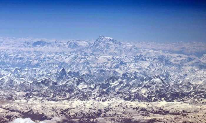 Космонавты сделали потрясающие снимки Гималаев с высоты МКС