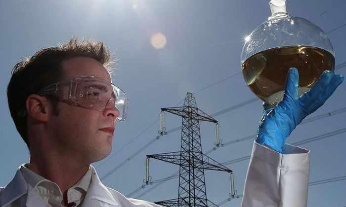 Из углекислого газа и солнечного света сделали горючее топливо